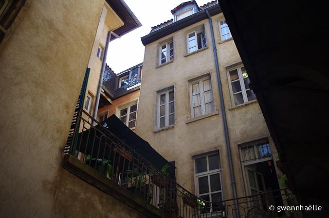 2013-07-21_18-Lyon_Traboules-blog