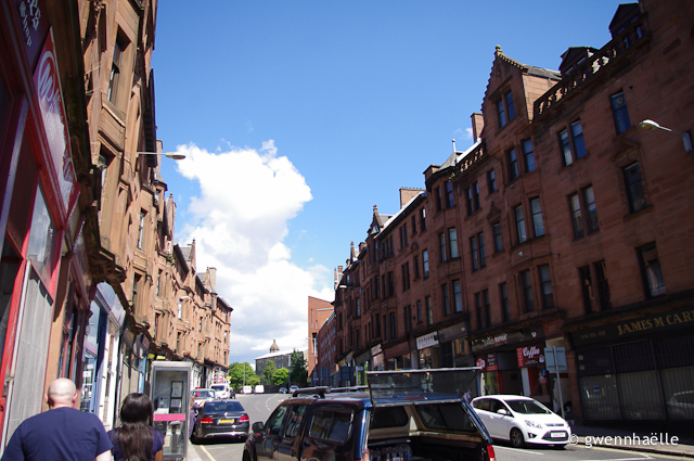 2014-07-09_17-Glasgow-rue_rouge-blog