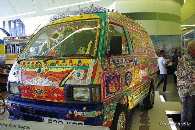 2014-07-10_96-Glasgow-Riverside_Museum-minivan-blog